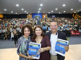Governo lança o Documento Curricular do Tocantins.