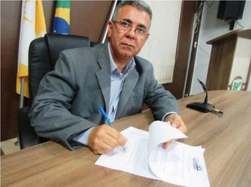 Prefeito de Figueirópolis denuncia perseguição de Carlesse após declarar  apoio a Vicentinho